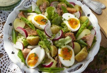 Potetsalat med aspargesbønner og egg