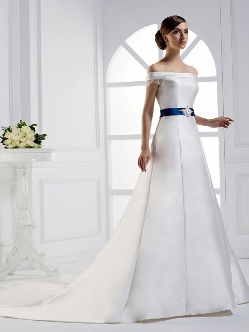 2012 Fall Off shoulder Satin bridal gown with Natural waist