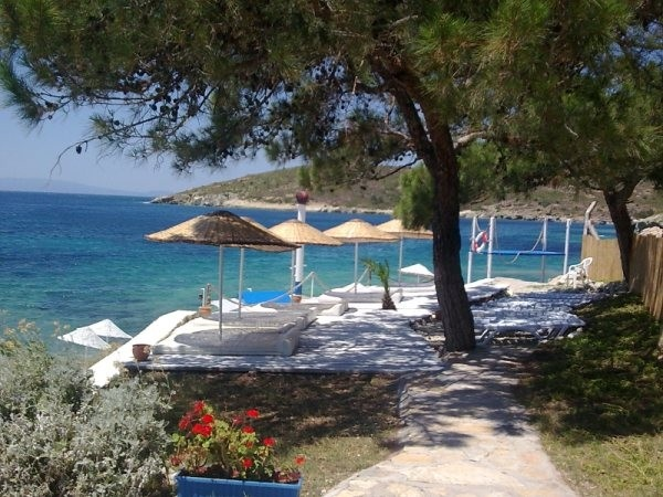 Mavi Bayraklı Plajlar  Mackerel Tatil Köyü, Foça, İzmir