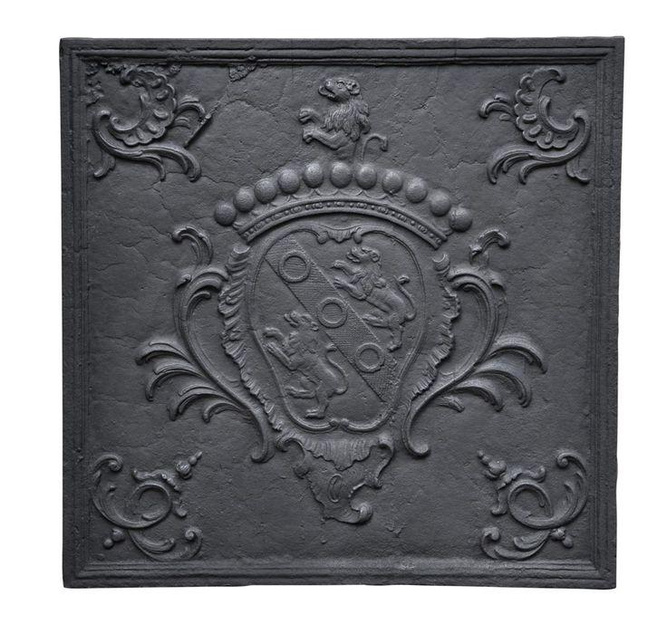 1000 id es propos de manteaux de chemin e anciens sur pinterest chemin e fausse chemin e. Black Bedroom Furniture Sets. Home Design Ideas