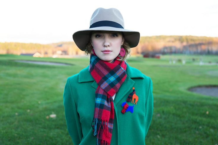 Lookbook by @KiviMeri : designer jewellery and fashion from Finland. FunDay collection. Brooches in tartan scarves. Giraffe Brooch Dog Brooch