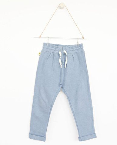 AUGUST Relaxed pants - Dusty blue    A collaboration with Vitviu. Photo Therese Fische