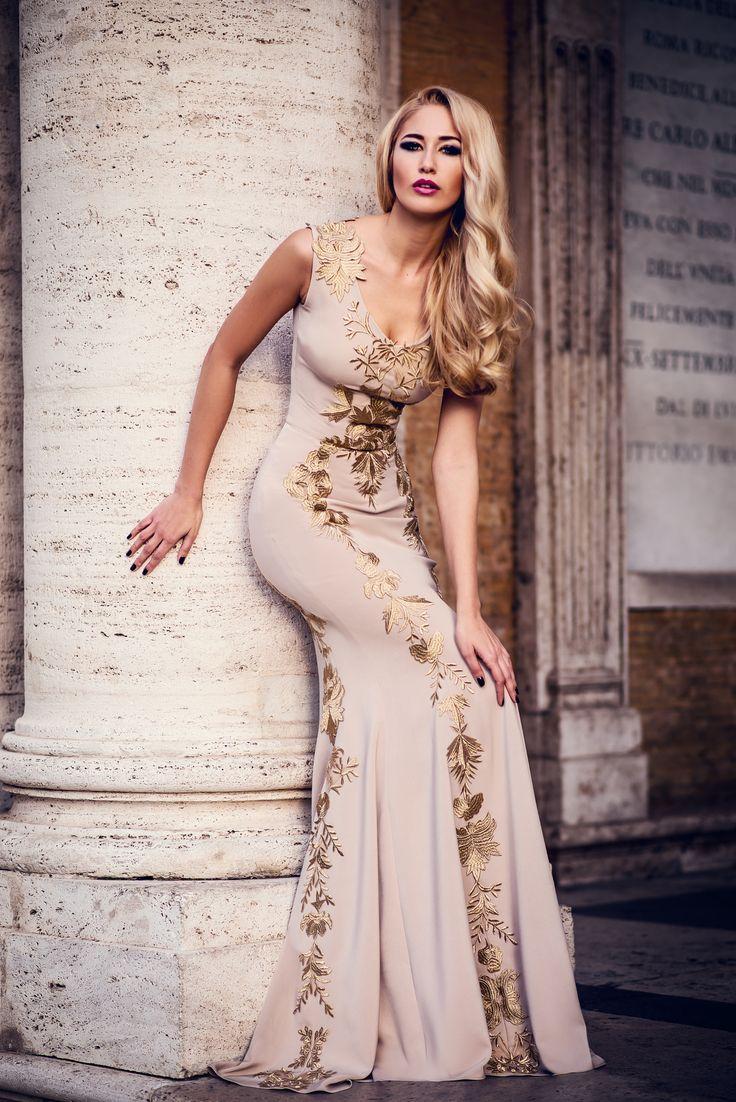 Rome- A Tale of Beauty - Model: Andreea Prodan Dress: Ligia Mocan Make-up: Biu Make-up Hairstyle: Mihaela Vodnar