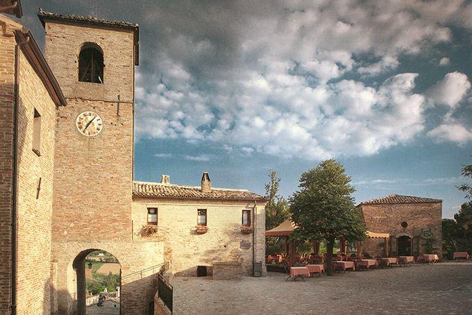 Foto: © Palazzo Viviani - Castello Di Montegridolfo