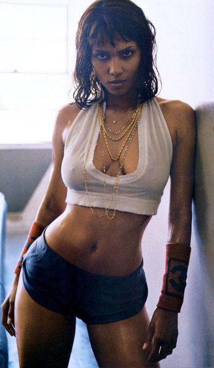 Halle Berry...«de PALACIO»: FRANCISCO...I'm looking 4 u ...!!!