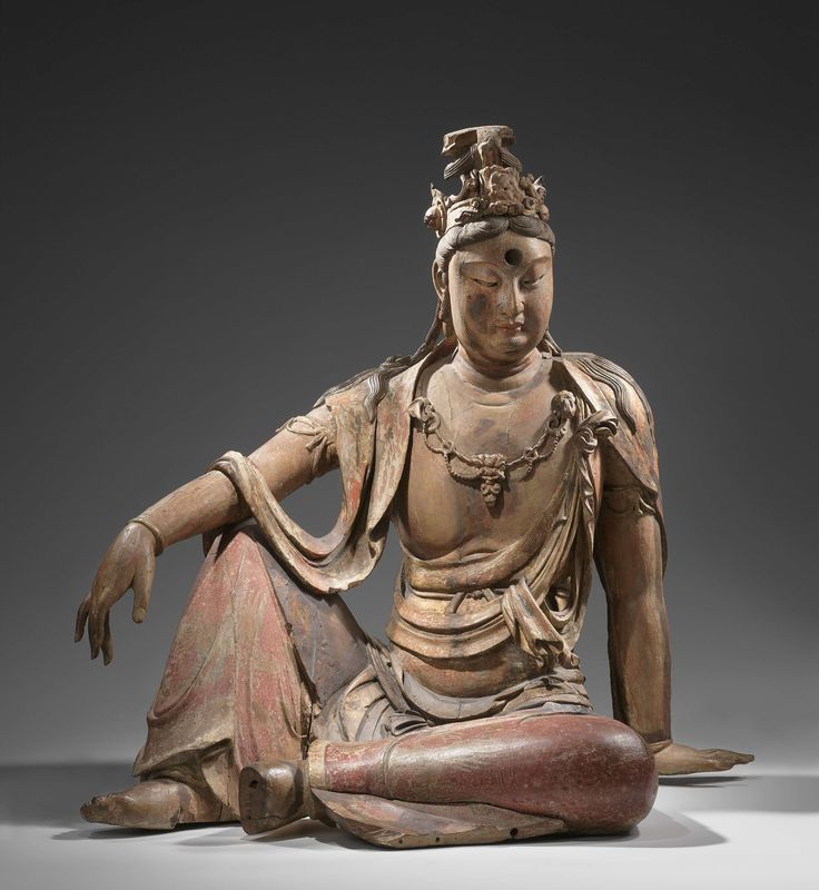 Guanyin, anoniem, 1100 - 1200 https://www.rijksmuseum.nl/en/collection/AK-MAK-84