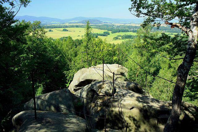 Skalní vyhlídka v národní přírodní památce Venušiny misky