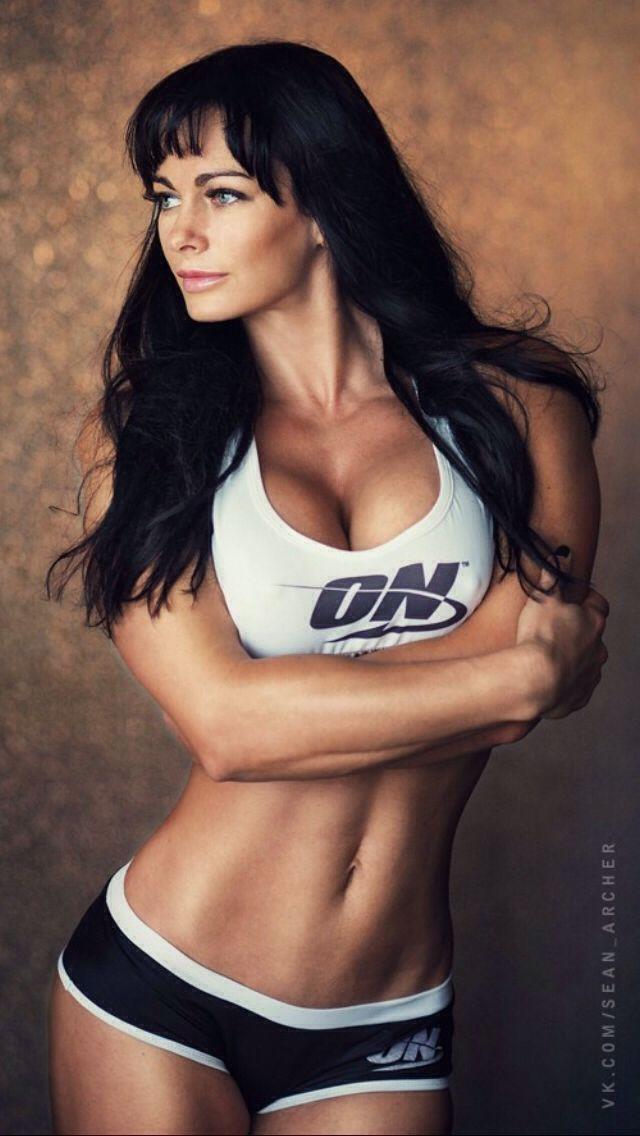 Busty muscle babe lesbian