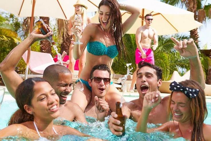 #Ayia Napa of Cyprus now boasts over 250 #bars and #nightclubs to enjoy…that's a whole lot of parties! You will find the best dance, R&B, disco and house beats.