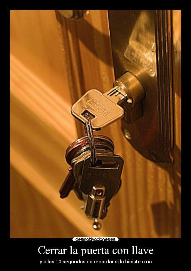 no dejes las #llaves en el #bombillo,evitarás tener q llamar al #cerrajero 620140601 Http://www.cerrajerobarcelonavalencia.es #cerrajerosbarcelona #cerrajerosvalencia #cerrajeros24h