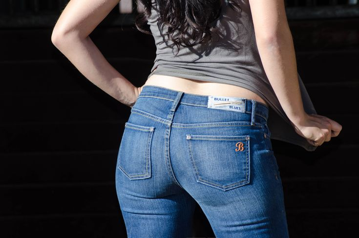 Finding the best jeans for curvy women isn't for the faint-of-heart. While fabrics have come a long way when it comes to a flattering stretch, the variety of denim styles and brands these days makes the task of curvy jean-shopping daunting. Stick to American-made designer clothes, like Bullet Blues Jeans, and simplify. #curvyfashion  #curvywomen #curvymodel #bestfit #bestjeans #denim #jeans  #designermaker #designerjeans #americanmade #madeinusa #BulletBlues #fashionistas #fashionbloggers