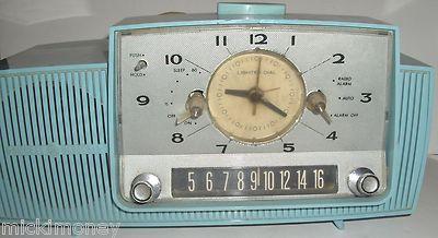 General Electric GE C-481A Blue Tube Alarm Clock Radio