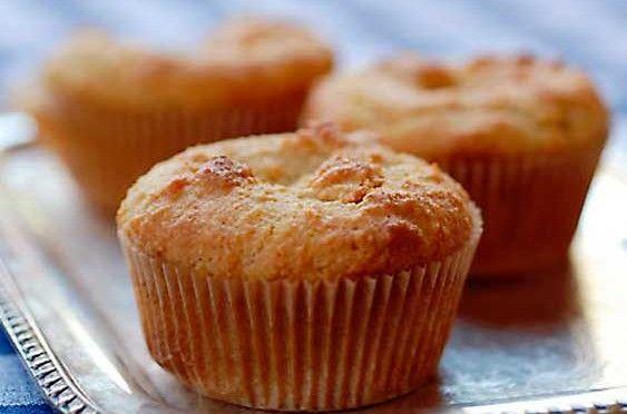 Bolinho de Amêndoas (cupcake) – sem glúten, sem açúcar