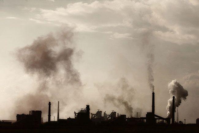 """> Nouvel article Publié dans la rubrique """"BREVES"""" sur www.beurk.com - Les 90  sociétés responsables de 63% des émissions à effet de serre. L'étude de Richard Heede donne la liste des plus gros pollueurs responsables de 63 % des émissions à effet de serre : Chevron, ExxonMobil, BP, Shell et ConocoPhillips, Gazprom, Total, Lafarge…"""