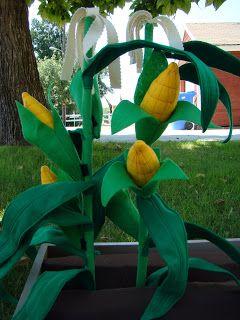 Cupkateer: Felt Corn Stalks