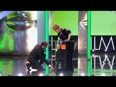 meryl streep loses shoe, gets totally cinderella'd by colin firth.