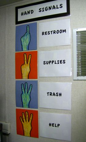 Hand Signal - Classroom Management. I really like this management style! Great way to stop classroom interruptions.: Hands Signals, Good Ideas, Classroom Interrupted, School, Classroom Management, Bad Ideas, Classroom Ideas, Signs Languages, Interesting Ideas