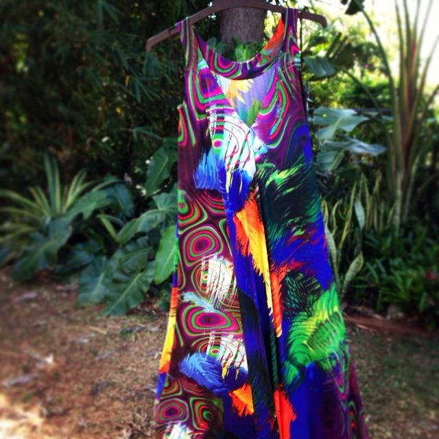 We're in love with the vibrant colours in the Peru Maxi Dress. It's like a dream to wear and you can get it here: www.frocksformama.com.au