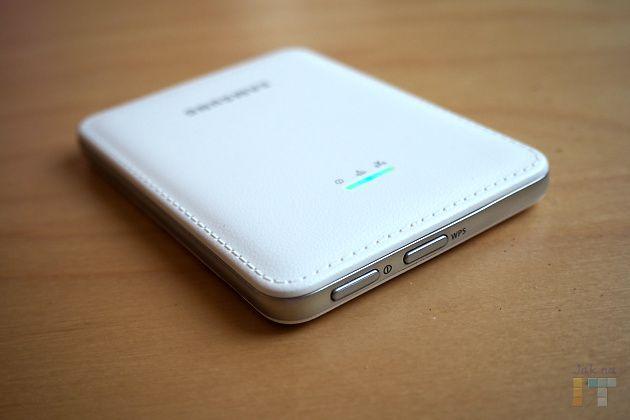 Samsung Mobile Hotspot - tlačítko zapínání a WPS