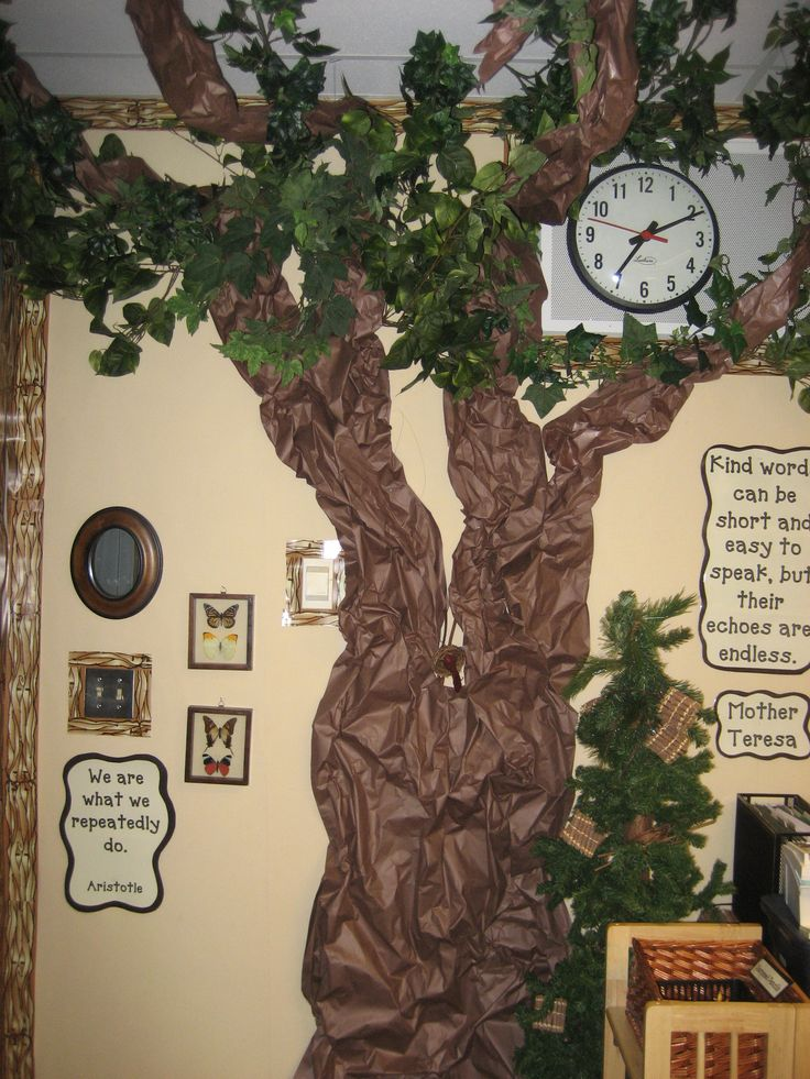 When I am a teacher, I'd love to have a forest/vintage themed classroom!