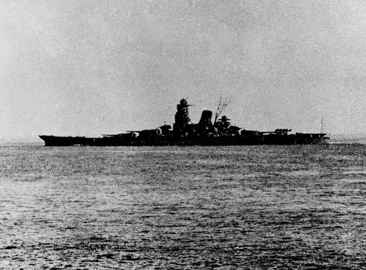 Japanese battleship Musashi leaving Brunei in 1944 for the Battle of Leyte Gulf