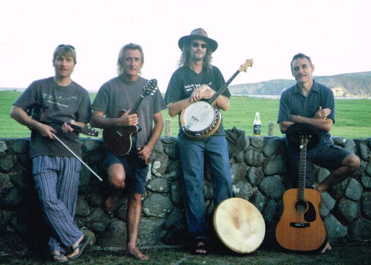 """The Screamin' Larkin's"" John ""Howdy"" Green - Guitars & Mandolin. Chris ""flossy"" Blance - 5 string electric Fiddle. ""Jim-dog"" Green - Guitar. Graham ""Bones"" Hurlock - Bodhran & Tenor Banjo"