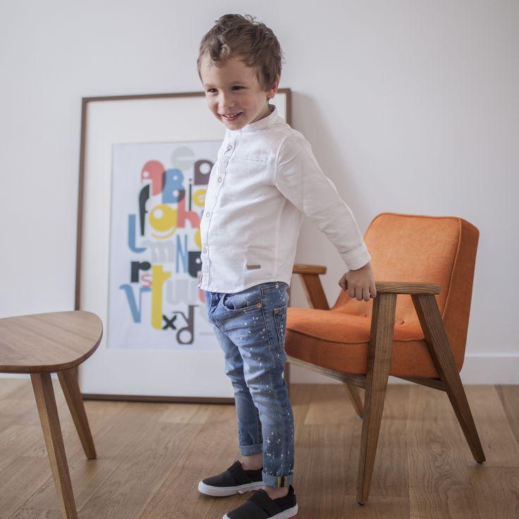 366 junior chair in Mandarin colour - LOFT collection.