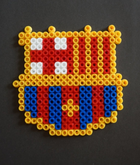 Barça hama beads magnet by Alabauhaus