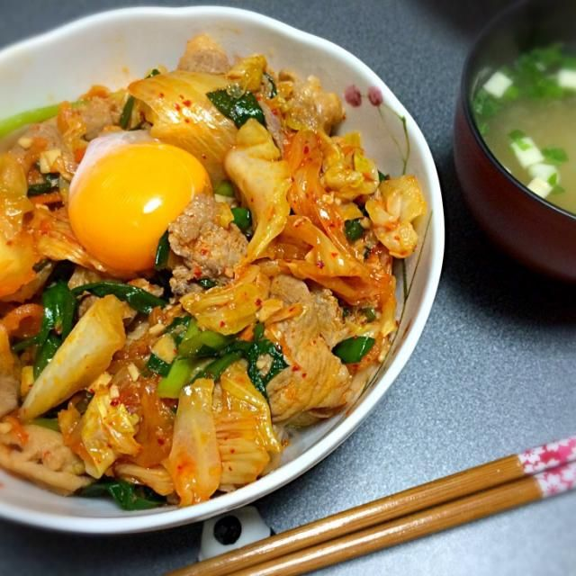 今晩はさらっと簡単に豚キムチどんぶりo(`ω´ )o - 11件のもぐもぐ - 【晩ご飯】豚キムチ丼 by yo-P