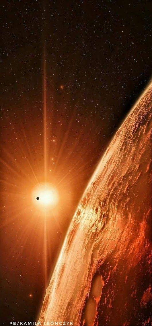*TRAPPIST-1* es una estrella enana que es sólo ligeramente más grande que  el...
