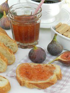 confiture figue Pour 6 pots : 1,5 kg de figues une fois préparées 1 kg de sucre 1 citron bio