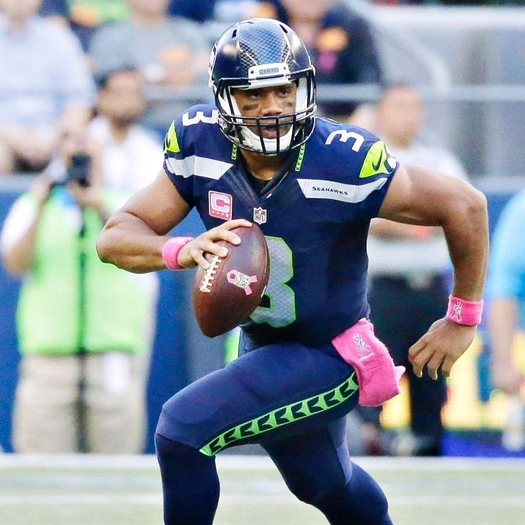 Russell Wilson dresses up as Batman for Ciara's birthday party