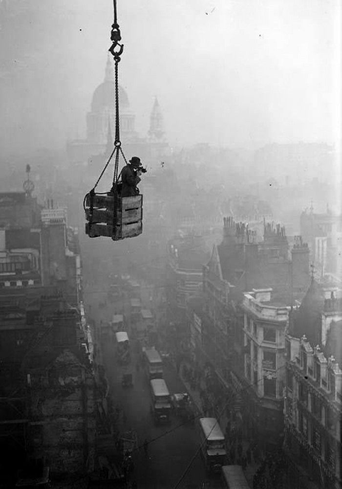 Best Old London Images On Pinterest Apples Board And Cities - Photographs capture busy working life cities around world