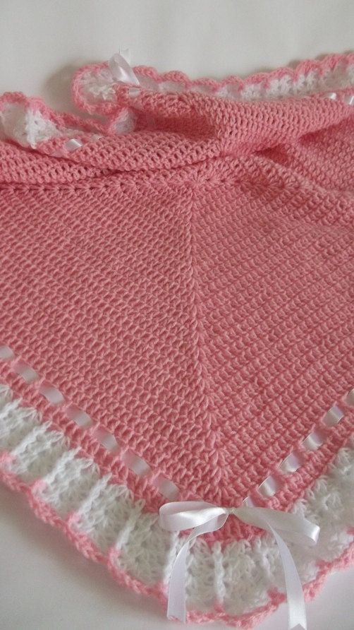 Manta de ganchillo o afgano y botines rosa por HandmadeByHallien