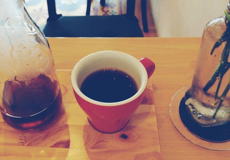 Jadi setelah Pilgub DKI kalian masih ngopi bareng nggak?  . Kalau di Jakarta kunjungi salah satu kedai kopi favorit ane linknya ada di profil. Tau deh masi punya Sara Waloh apa nggak dese. . # #kopi #Indonesia #coffee #Jakarta #coffeetime