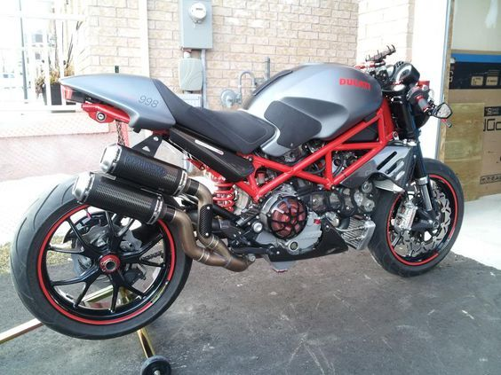 2007 Ducati Monster S4R Custom - One day my bike will look this cool!