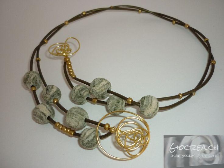 Collier lava verde e oro