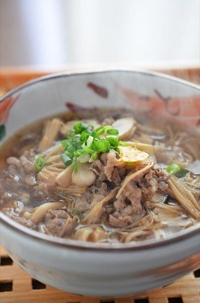 牛きのこ蕎麦 by 調理師/料理家 槙 かおる | レシピサイト「Nadia ...