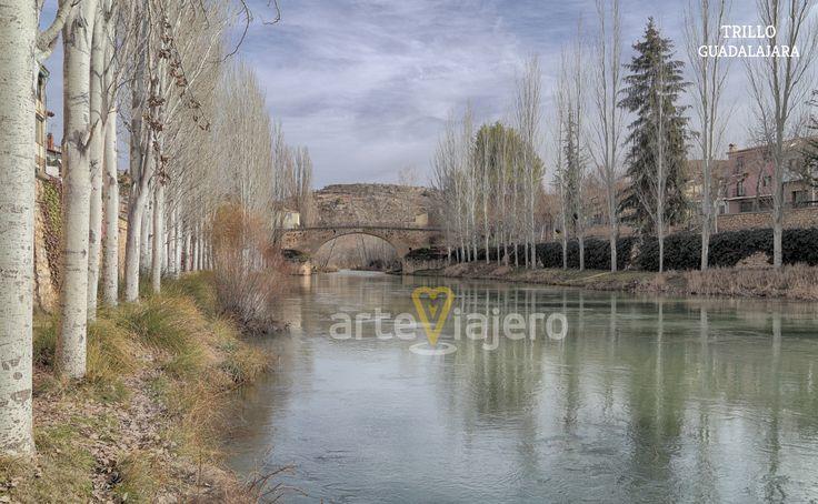 Puente de Trillo sobre el río Tajo, La Alcarria, Guadalajara
