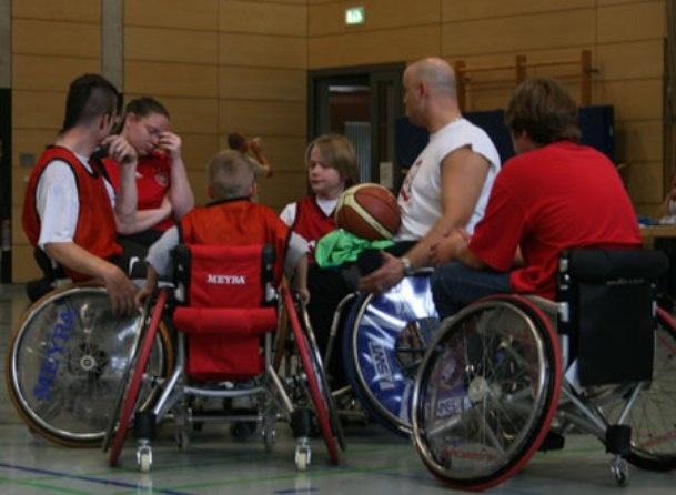 HURRICANE  Active manual Wheelchair by MEYRA ORTOPEDIA