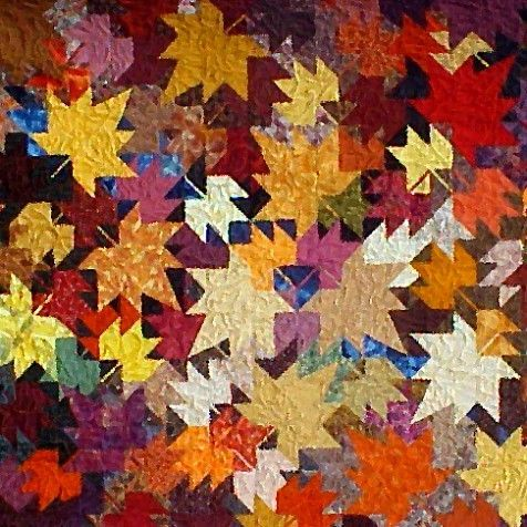 I love maple leaf quilts- one day I'll make one.