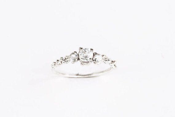 Weißer Topas drei Steine Sterling silber Verlobungsring von Oore