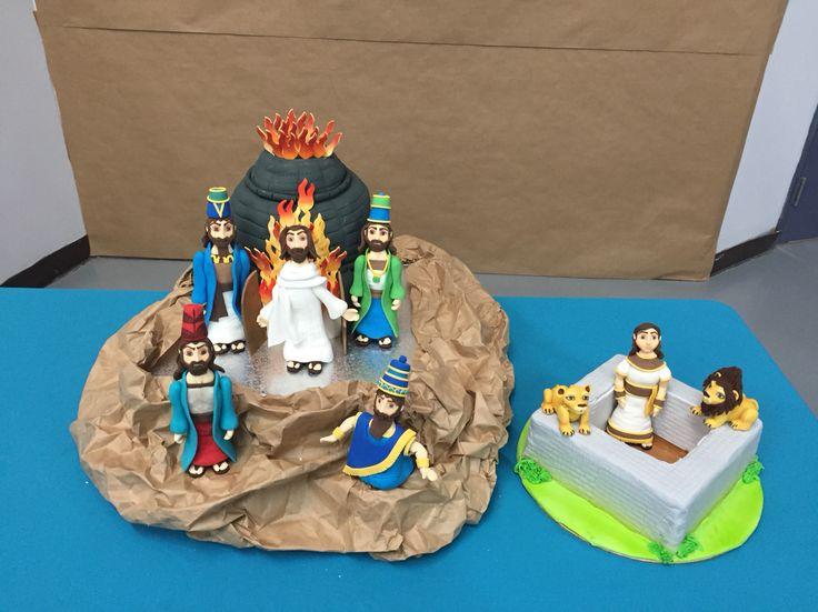 Daniel en el foso de los leones y el horno de fuego ...