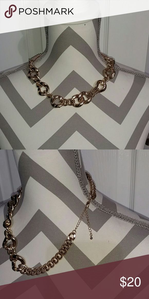 Chunky gold necklace Bought at top shop. Great condition. Topshop Jewelry Necklaces