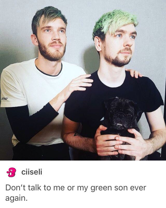 Pewdiepie and Jacksepticeye XD I love this photo of them