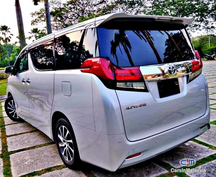 Alphard 2 5l At Mpv Sambung Bayar Car Continue Loan For Sale Carsinmalaysia Com 47879 In 2020 Toyota Alphard Tinted Windows Car Car Features