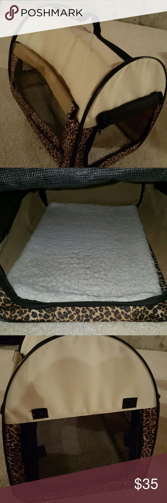 Soft Dog Crate Cheetah print. Upto 12 pd dog Windows roll up or down.  Soft sheep skin removable bottom.  Handle on top. Very nice condition. Hardly used. My girl was 8 pounds.. It can comfortable fit 12 pounds.  I will pay the extra shipping if there is any. Other