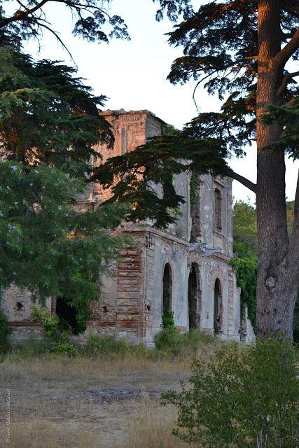 """La """"Villa del Polacco"""" sul Monte Castellare a San Giuliano Terme, Pisa  (da DarkOman shit: La Villa di Sigismondo De Bosniascki)"""