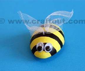 36 best images about bee festive on pinterest pumpkins for Plastic bees for crafts