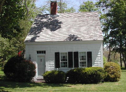 Half cape nantucket and the grey ladies pinterest for Small cape house plans